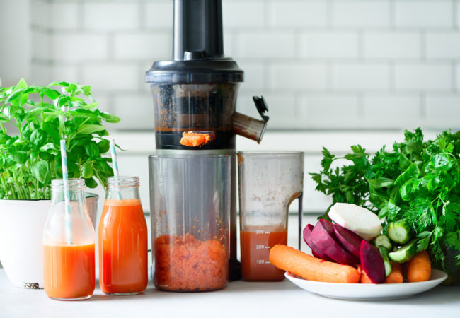 The Best Cold Press Juicer – 7 Top Juicers to Buy in 2021